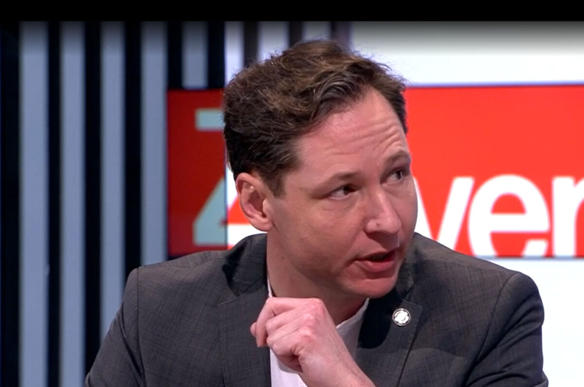 Vraag over ontslag Sam Brokken nog steeds niet beantwoord door Vandenbroucke - PNWS